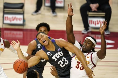 TCU Beats Iowa State 76-72