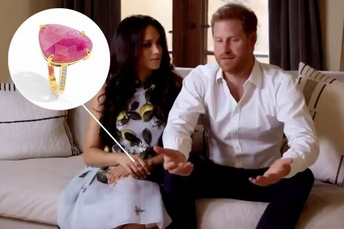 Fans think pregnant Meghan Markle hinted at baby's sex with $1K ring