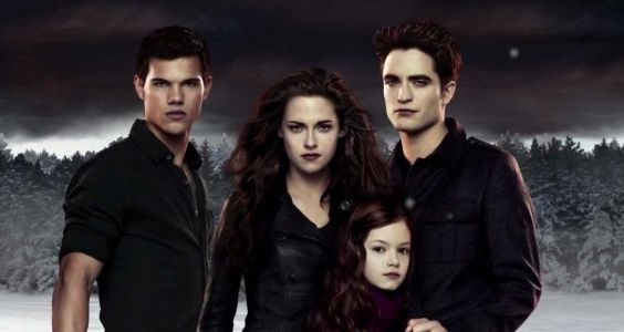 Twilight: 20 Behind-The-Scenes Photos That Completely Change Breaking Dawn Part 1 & 2