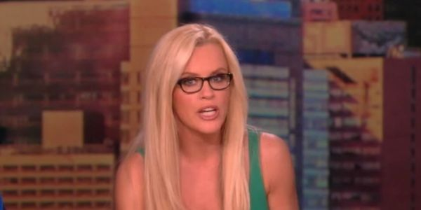 Jenny McCarthy Compares Working With Barbara Walters On The View To A Horror Movie