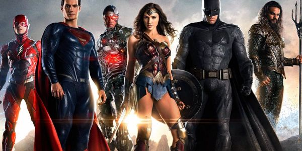 Gal Gadot Finally Joins Justice League Co-Stars To Support Snyder Cut Release