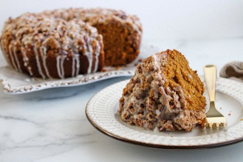 This Crumb Cake Is Loaded With Pumpkin and Topped With a Cinnamon Pecan Crumble
