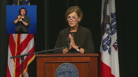 Gov. Reynolds Says School Districts That Ignore State's 'Return to Learn' Plan Are 'Defying the Law'