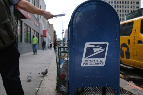 White House Reportedly Killed U.S. Postal Service Plan to Send Masks to Every Household