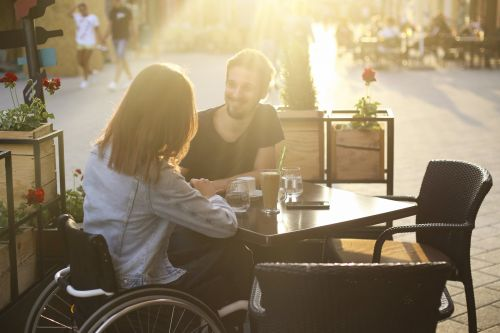 8 Tips For Online Dating When You Have a Disability