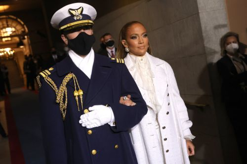 The Smoky Eye, That Glossy Lip - J Lo's Inauguration Makeup Couldn't Have Been More Classic J Lo
