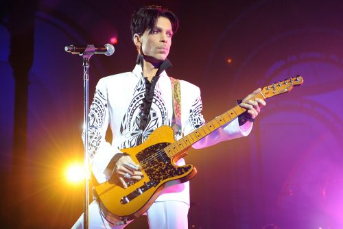 Prince fans remember singer on 5th anniversary of his death