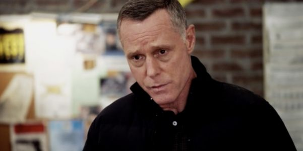 Chicago P.D.'s Voight Discovers Suspicious Behavior From A Fellow Cop In Tense New Episode Clip