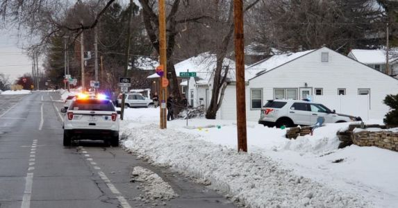 Man Armed With Gun Taken into Custody After Police Standoff in Des Moines