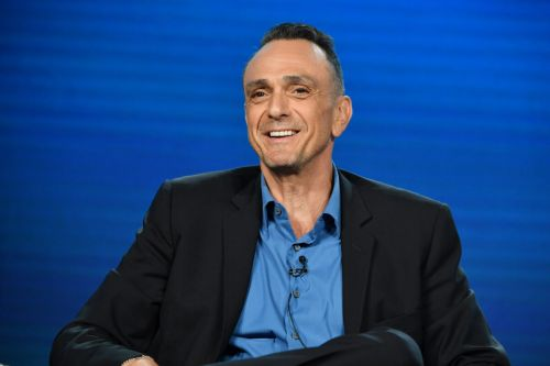Simpsons Star Hank Azaria Wants to Personally Apologize to 'Every Single Indian Person' For Voicing Apu