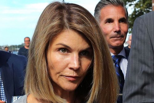 Lori Loughlin to be sentenced for college admissions scandal in August