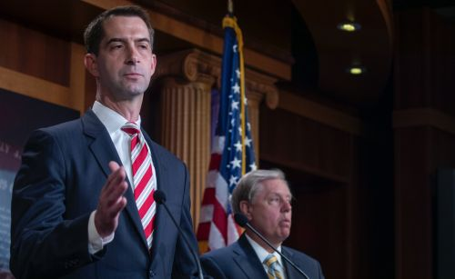 Sen. Cotton Demands Google Answer Questions about 'Blacklisting' Breitbart