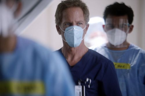 Grey's Anatomy: It's Time to Start Worrying About Tom Koracick's Fate