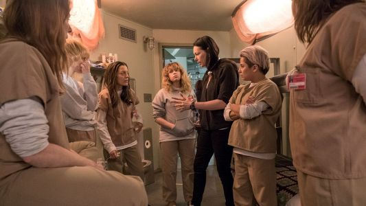 Orange Is The New Black: 25 Behind-The-Scenes Photos That Change Everything