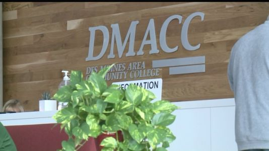 DMACC and Western Governors University Team Up to Offer Students Easy Transfers