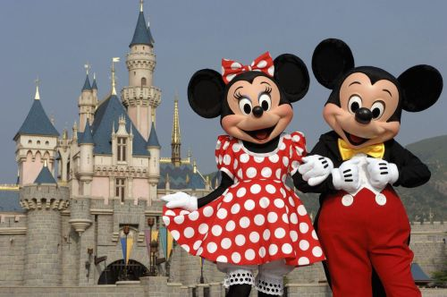 Disney Parks Updates Dress Code to Allow 'Gender-Inclusive' Costume Choices for Cast Members