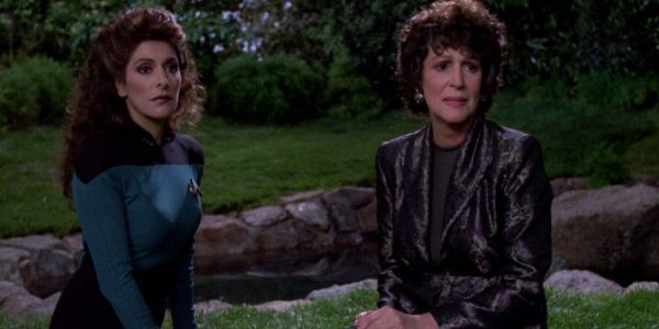 Star Trek TNG: 10 Questions About Deanna Troi, Answered