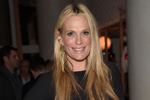 Molly Sims holds Halloween party in her driveway this year
