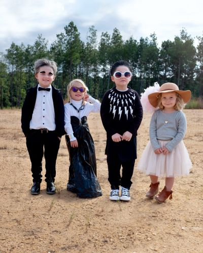 This Mom Made DIY Schitt's Creek Costumes For Her Kids, and Look at Johnny's Eyebrows!