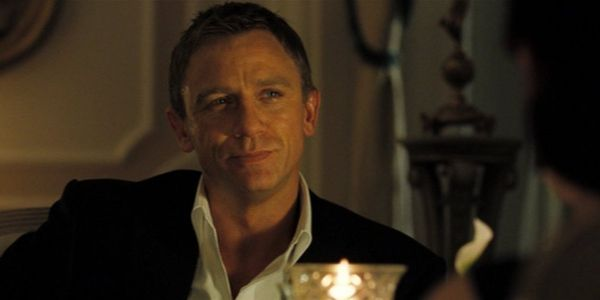 Daniel Craig's Casino Royale Has A Poker Mistake That Still Makes The Director Laugh