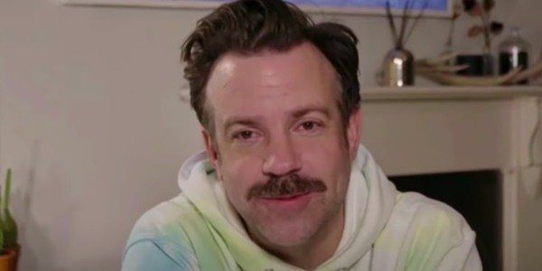 Jason Sudeikis' Rumored Romance May Have Been Outed Thanks To His Golden Globes Hoodie