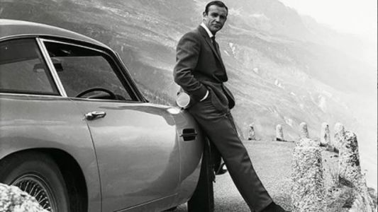 James Bond Star Sean Connery Dead at Age 90