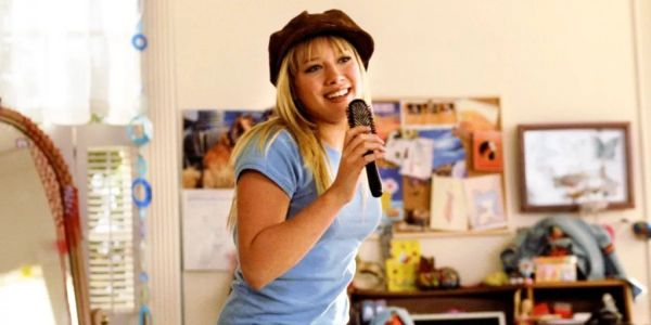 Lizzie McGuire Disney+ Sequel Series With Hilary Duff Moving Forward