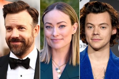 Olivia Wilde in London with Jason Sudeikis & kids while Harry Styles jets to LA