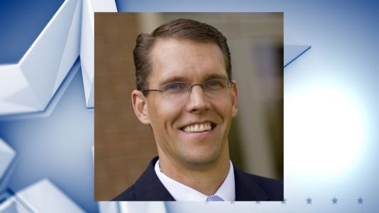 Randy Feenstra announces re-election campaign