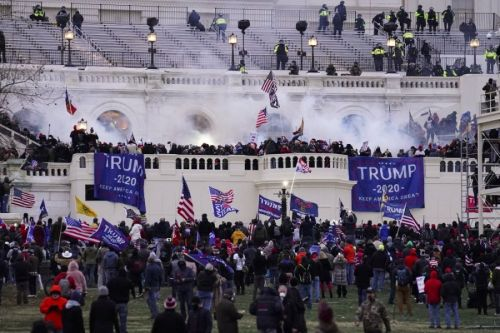 Iowa Man Charged With Assaulting Officer During U.S. Capitol Riot