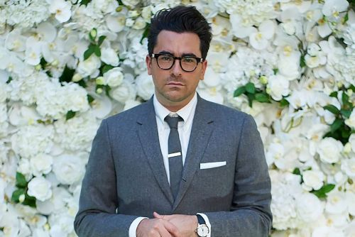 Dan Levy nods to 'Schitt's Creek' finale in Thom Browne kilt at Emmys 2020