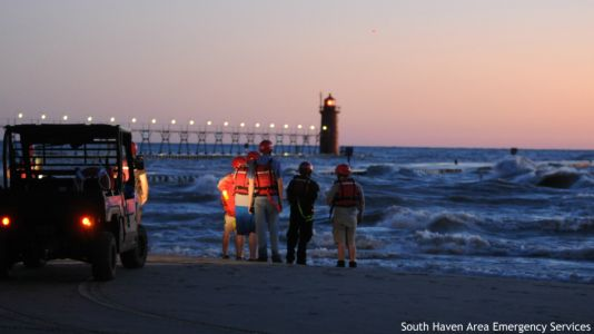 South Haven crews search for man missing in Lake Michigan