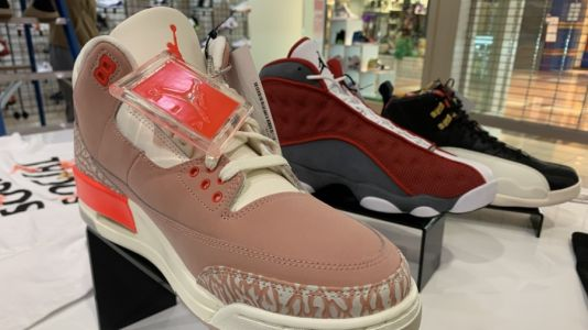 Muskegon native hopes shoe store will set youths down better path