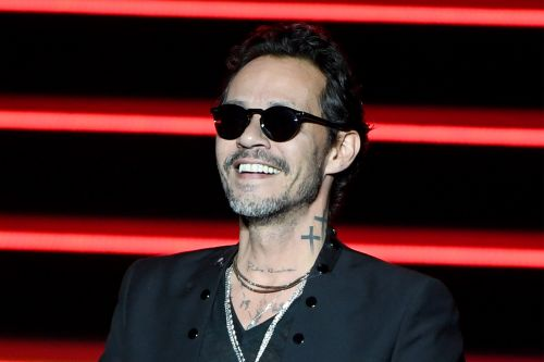 Marc Anthony buys up entire art exhibition for $150K