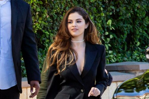 Selena Gomez emerges amid her new single's drama and more star snaps