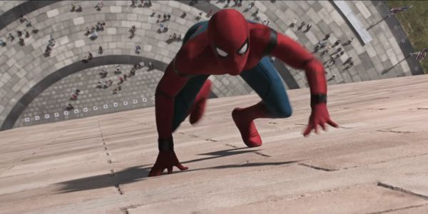 Tom Holland Celebrated Spider-Man: Far From Home Wrapping With Awesome Set Images